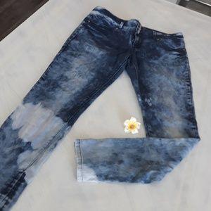 Plus size acid wash Jean's size 17